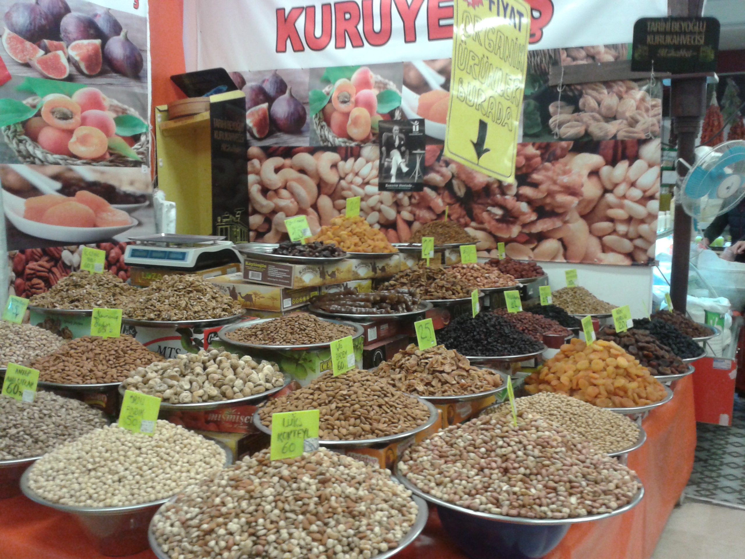 Organic Dried Fruit
