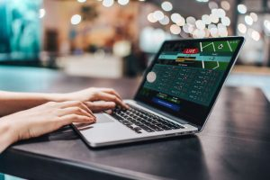 Live betting on a laptop